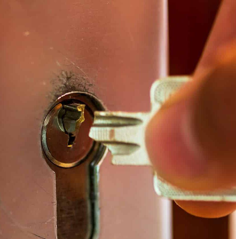 abgebrochener Schlüssel im Schloss